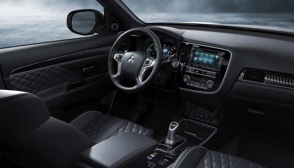 Mitsubishi Outlander PHEV5