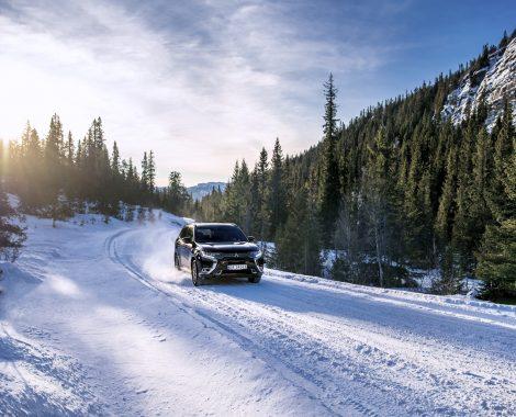 Mitsubishi Outlander PHEV på vinterføre